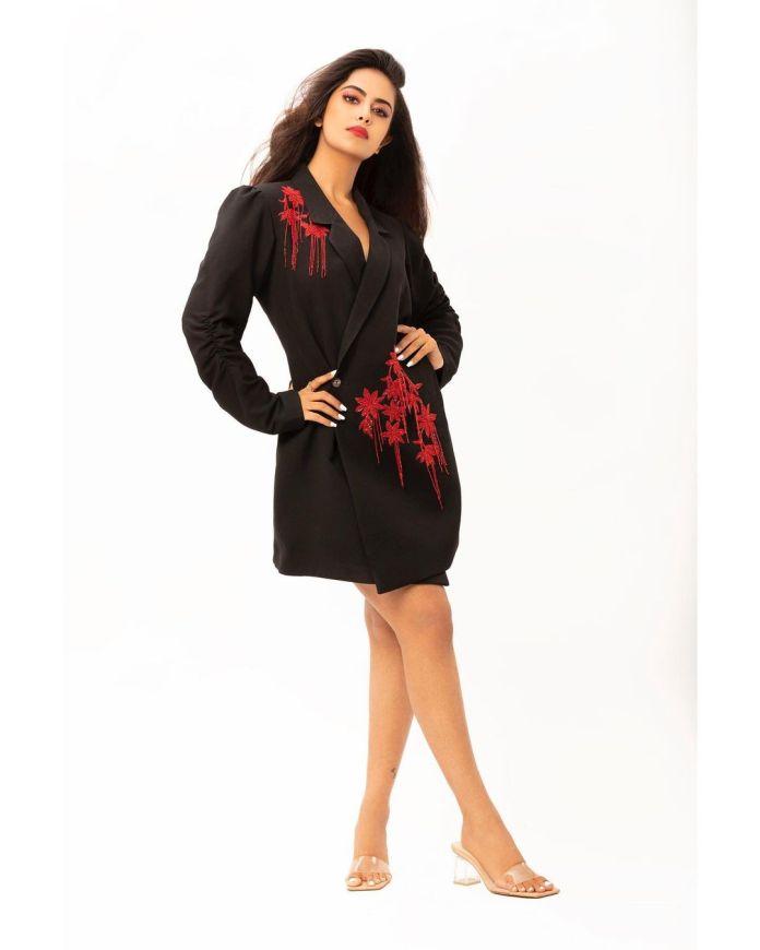 Actress Avika Gor recent hot images and navel photos
