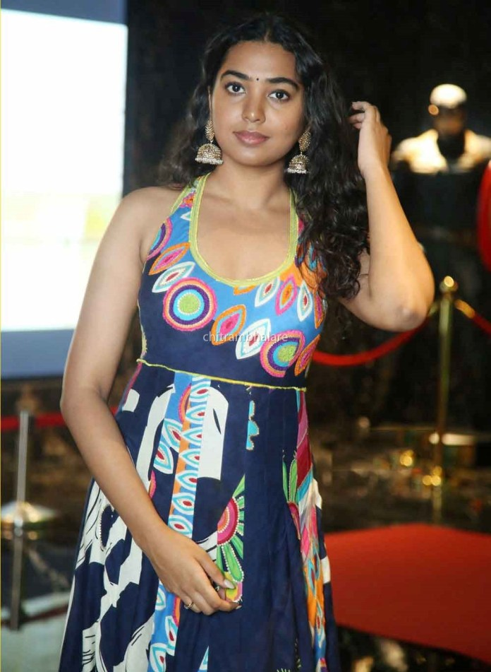 Actress Sivatmika Rajasekhar Hot and sexy images