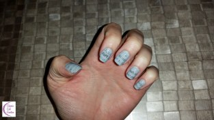 Newspaper nails +°+ Ongles journal