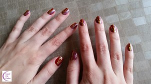Red gold striped nail art +°+ Nail art rouge or rayé