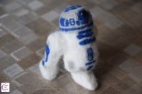 Felted R2-D2 +°+ R2-D2 feutré