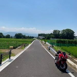 夏の安曇野に広がる田園風景with CBR650R