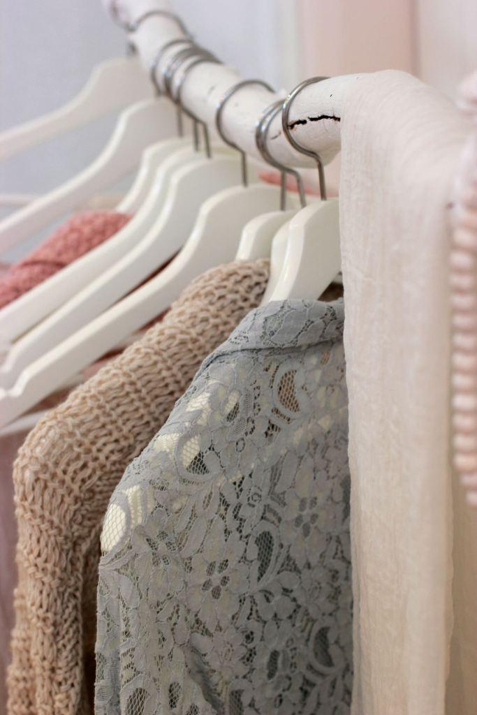 Capsule Wardrobe Neutral Basics