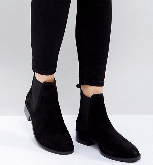 Black Chelsea Boots 2