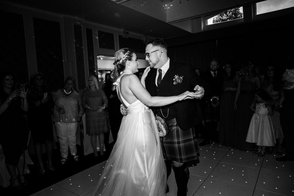 West Dunbartonshire wedding photography, Dumbuck Hotel wedding
