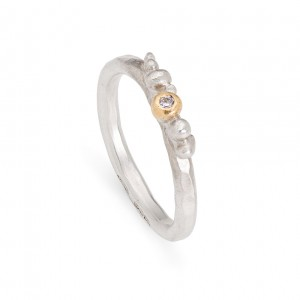 sterling silver granulation ring with 9ct detail and diamond £200