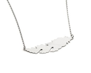 horizontal silver feather necklace £40