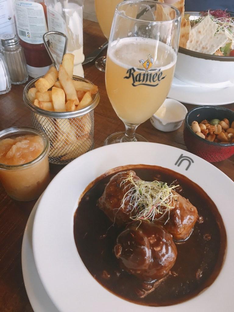 7 Things to Eat in Brussels - #BestFrites #BelgianMeatballs #LiegeMeatballs #LeBoulet #SiropdeLiege #Brussels #Bruxelles #Europe #Food #Belgium #NationalDish   www.chloestravelogue.com
