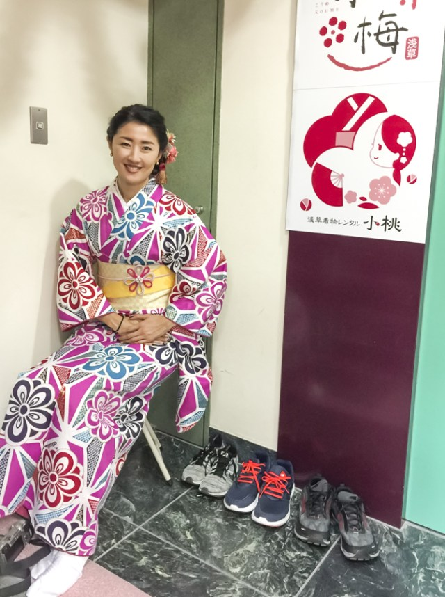 Kimono Rental Asakusa | Komomo offers 200+ kimono in various colors, patterns and sleeves lengths. | #kimono #Asakusa #Tokyo #ThingstoDoinAsakusa #kimonoRental