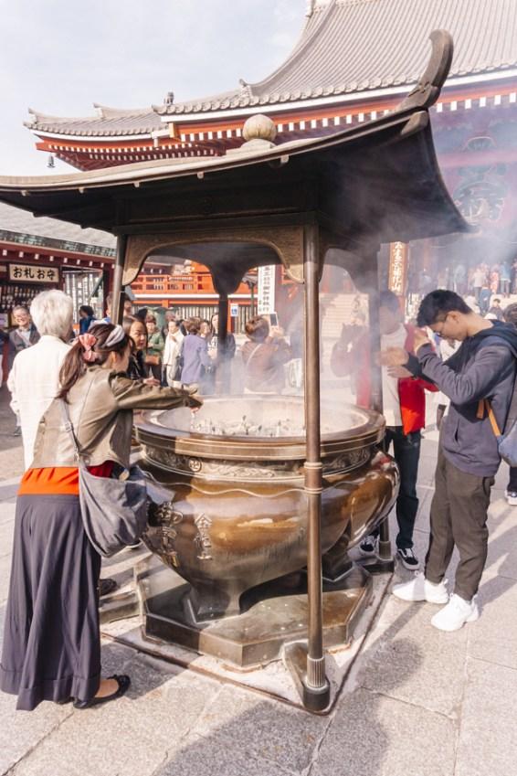 Things to Do in Asakusa   Pray for health & Make a wish at Sensoji Temple   #Asakusa #Tokyo #ThingstoDoinAsakusa #KaminarimonGate #Nakamise #Sensoji