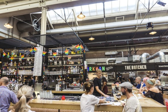 Amsterdam Itinerary Day 3 (Bucket List) | Indulge at Foodhallen, Amsterdam's refined food market and bar | #Amsterdam #Holland #AmsterdamItinerary #AmsterdamThingstoDo #AmsterdamBucketList #iAmsterdam #Foodhallen #DutchFoood