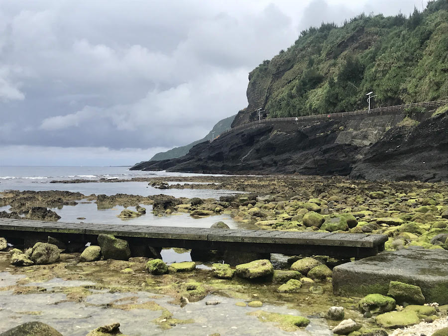 Green Island | Tidepooling and Diving from Dabaisha Beach | #Lyudao #GreenIsland #TaiwanBeaches