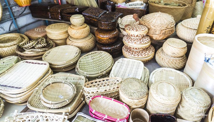 Dihua Street, Taipei - Traditional Taiwanese necessities - bamboo baskets, rattan bags, Taiwanese nylon tote | #Taipei #Taiwan #Dadaocheng #DihuaStreet #迪化街 #大稻埕