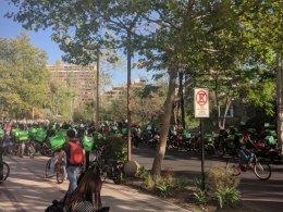 Protesta de repartidores Uber Eats en Chile
