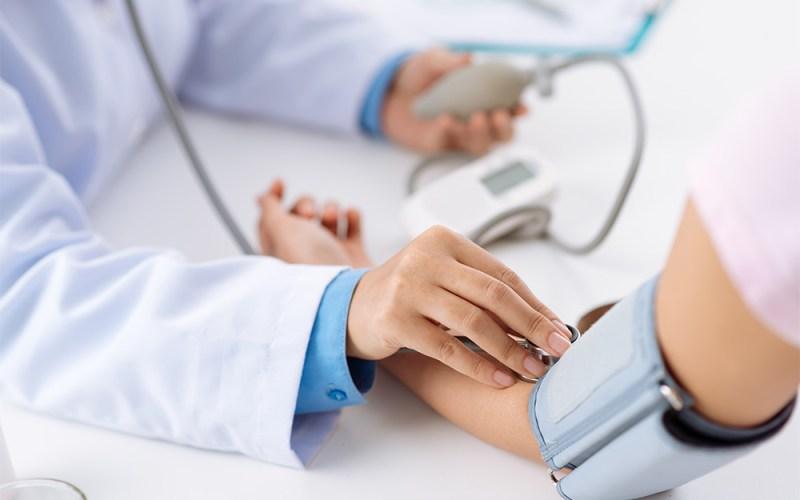 La toma de presión está disponible en SaFe de Farmacias Ahumada