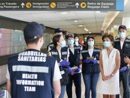 Cuadrillas sanitarias y el cierre de fronteras en el Aeropuerto de Santiago de Chile