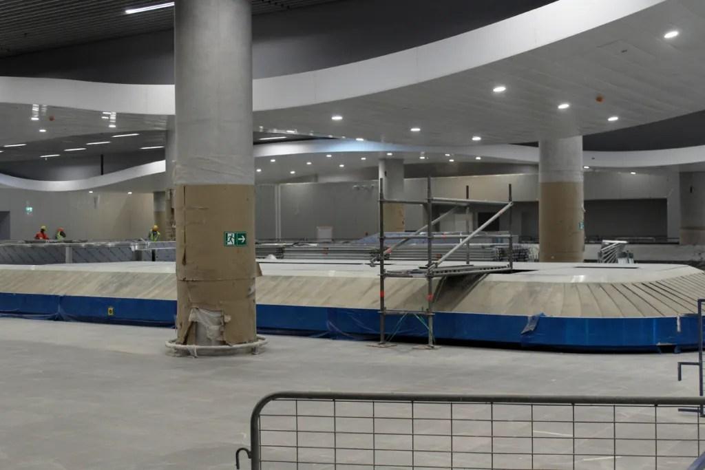 Zona de retiro de equipajes del nuevo T2 del Aeropuerto de Santiago
