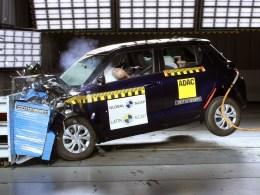 """Según ODECU, el Suzuki Swift recibió """"decepcionantes cero estrellas"""" en el Latin NCAP."""
