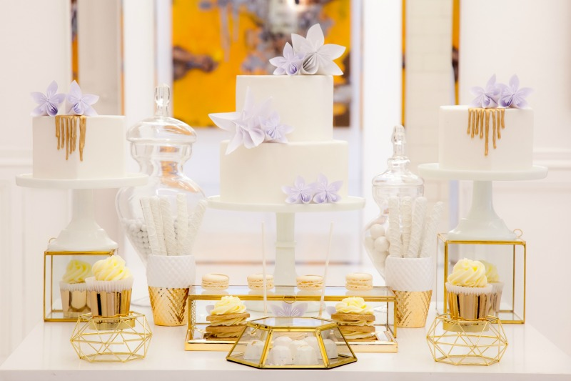 gold and white sweet table