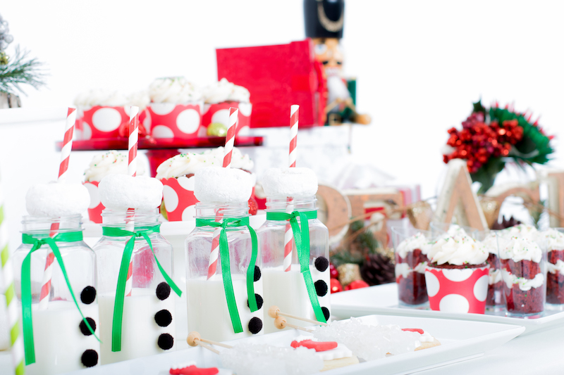 holiday dessert table, Christmas dessert table, Montreal dessert catering