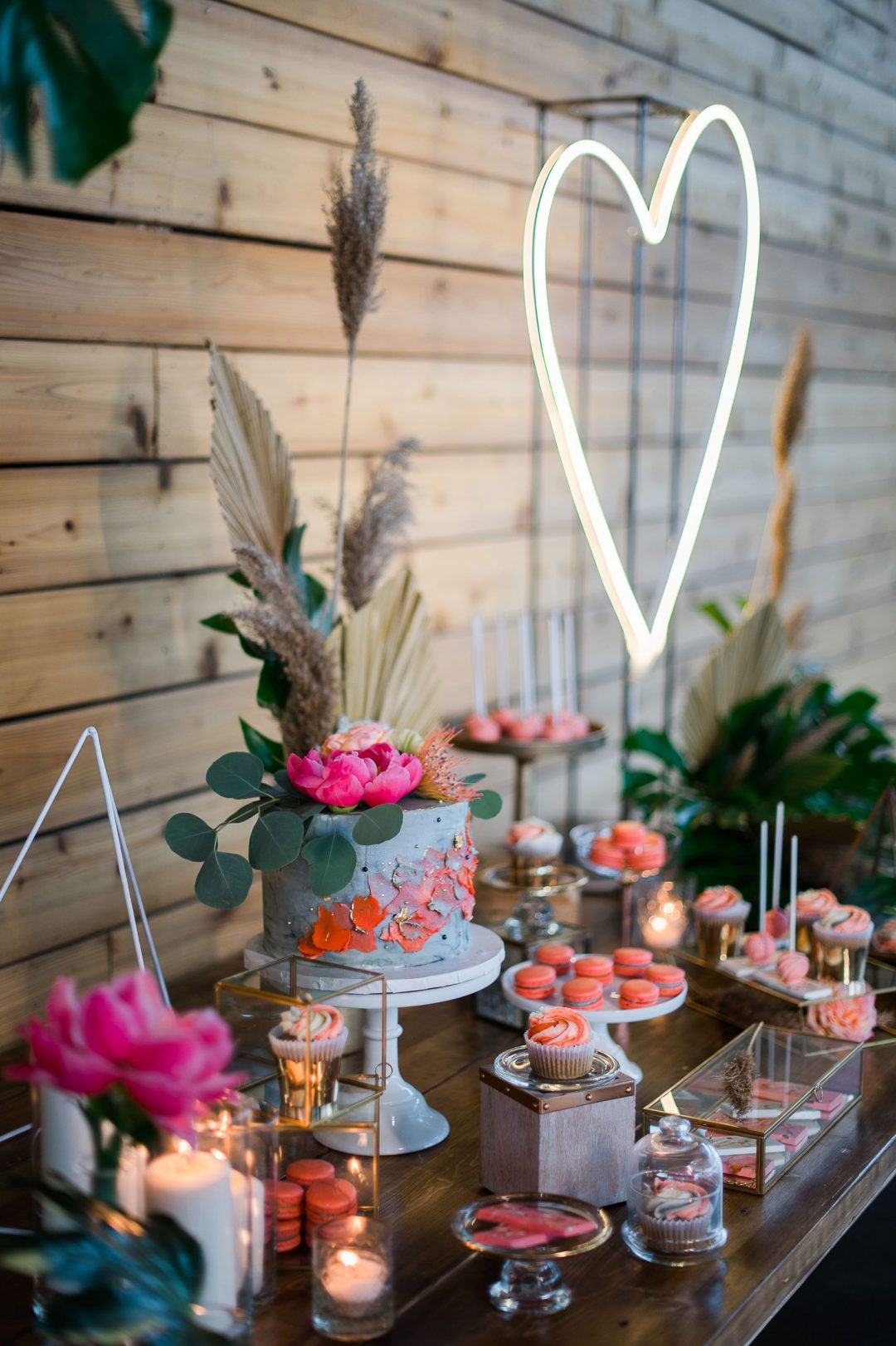 coral grey sweet table