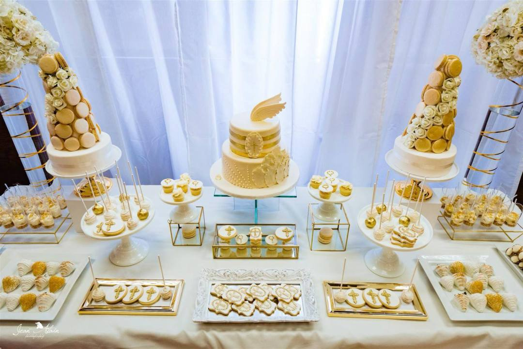 white gold sweet table, montreal sweet table, first communion sweet table