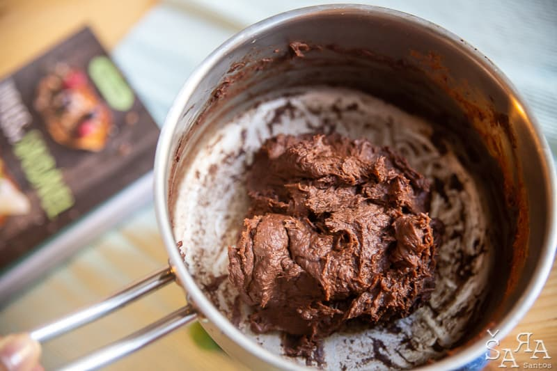 Trufas de chocolate e Biomassa de Banana verde apenas com 4 ingredientes