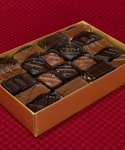 an extra-large double-layer 40-piece caramel caper chocolate praline and gel combination