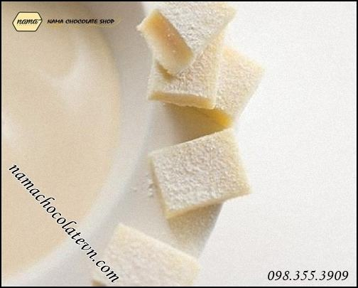 Nama chocolate white vị sữa béo Nhật Bản