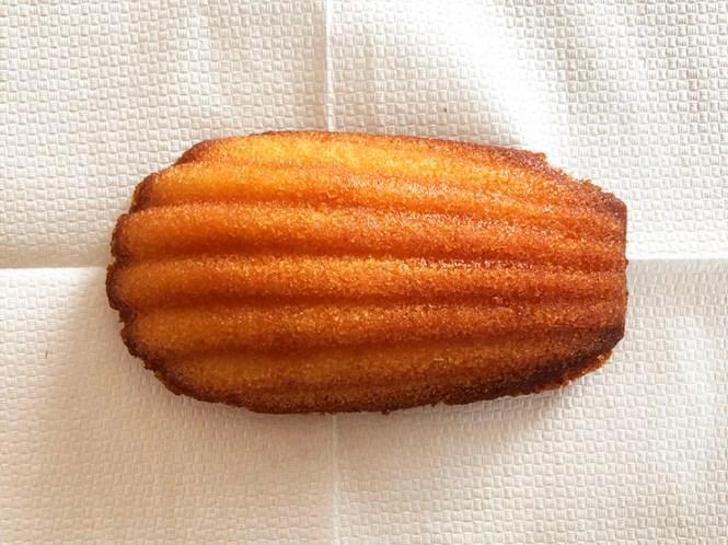 細長いホタテ貝