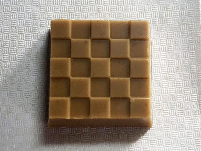 栗色のチョコ