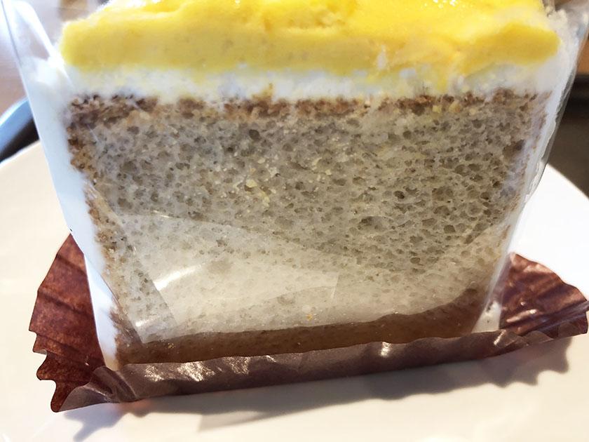 シナモン味のシフォンケーキ