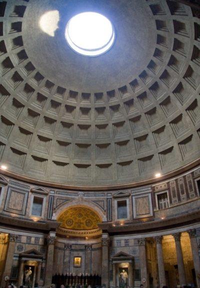 Rys.6b. Kopuła Panteonu w Rzymie (widok wnęrtza)12]