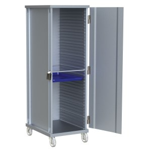 40 Pan Capacity with Solid Door