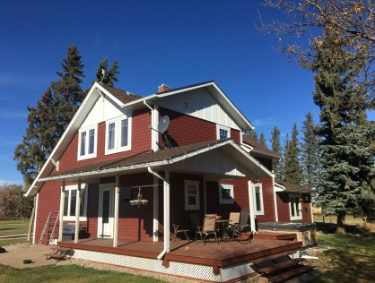 20 Acre 2 Storey Character Home in Waldheim