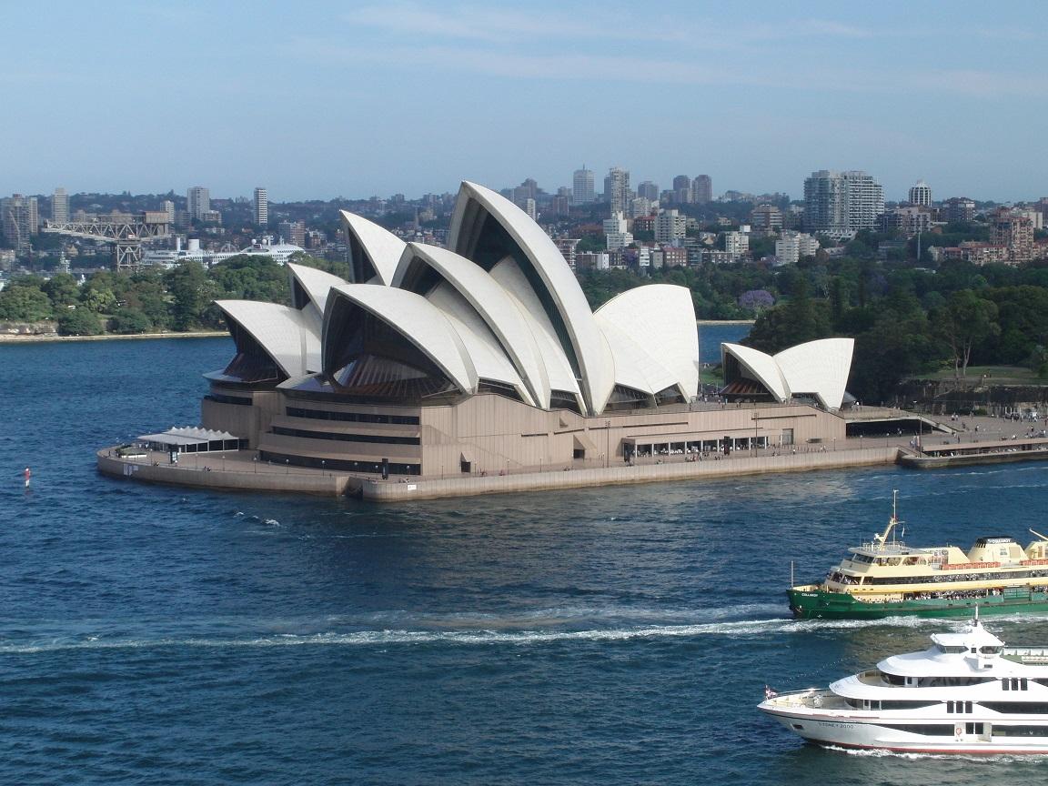 Opernhaus von der Harbour Bridge aus