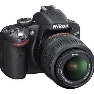 Nikon D3200 por 399 euros. Ahorra 51 euros