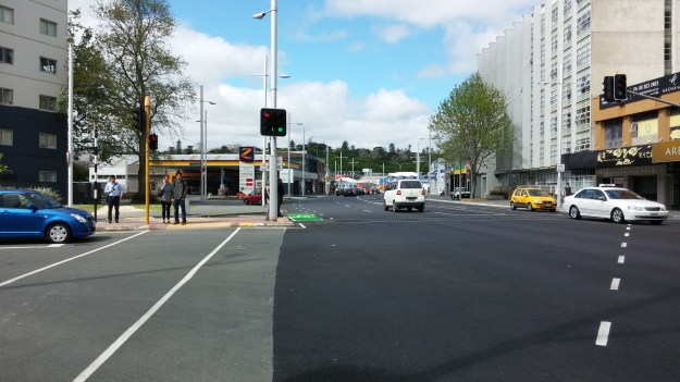 09 beach-rd-cycle-way-te-taou-crescent
