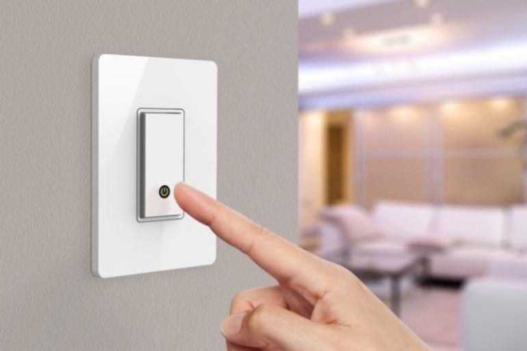 Tắt thiết bị điện không cần thiết