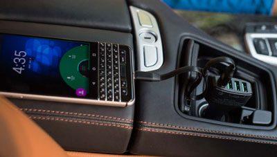 sạc điện thoại trên ô tô loại nào tốt