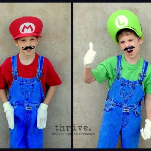 100+ Simple Halloween Costumes That You Probably Have In Your Closet