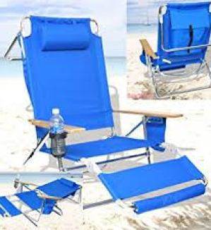 BeachMall Beach Chair with Drink Holder