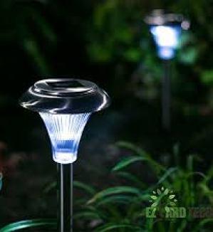 EZ Yard Tech Lighting