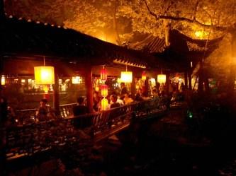 Najciekawsze miejsca w Chengdu? Bez wątpienia nocne spacer po mieście!