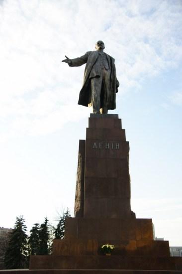 A oto sam Lenin. W przyszłym roku będzie obchodził swoje 40-lecie dowodzenia Placem Swobody.