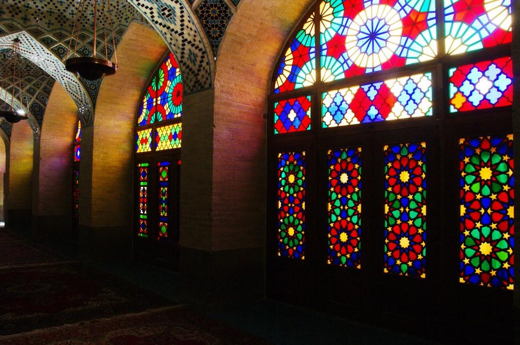 Witraże w Różowym Meczecie w Szirazie, Iran