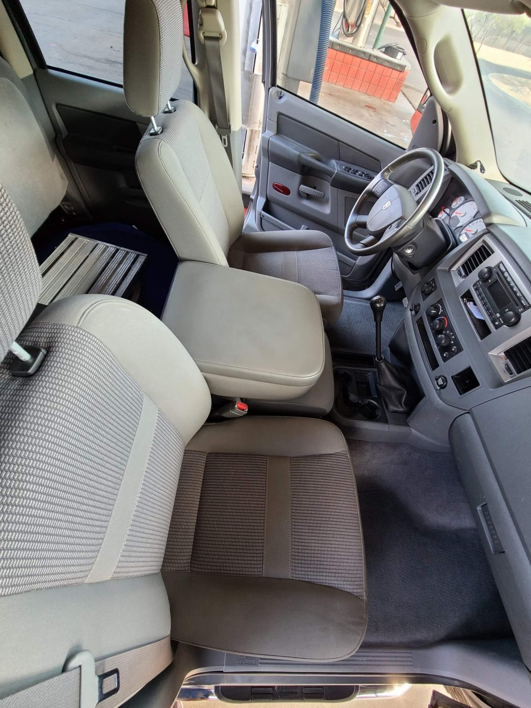 truck interior front