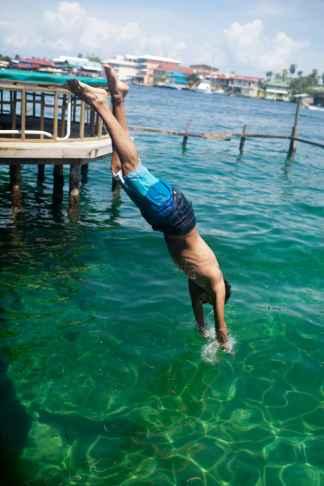 Diving at Aqua Lounge in Bocas del Toro, Panama.