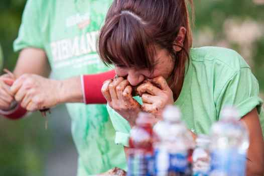 Michelle Lesco | Ribmania Ribs Eating Contest at Ribfest Chicago