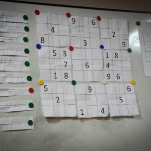 tak rozwiązujemy sudoku ;)